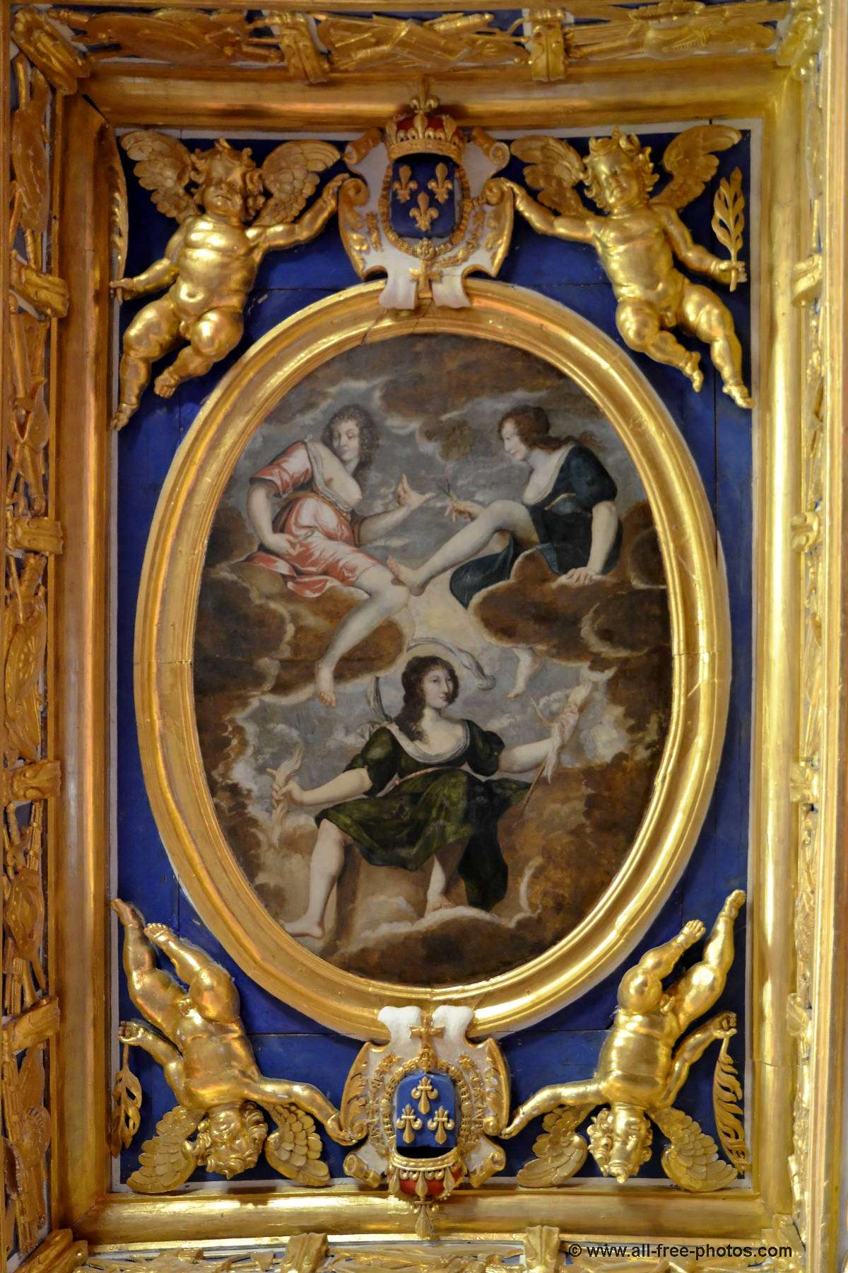 Medallion of ceiling - Chateau of Oiron