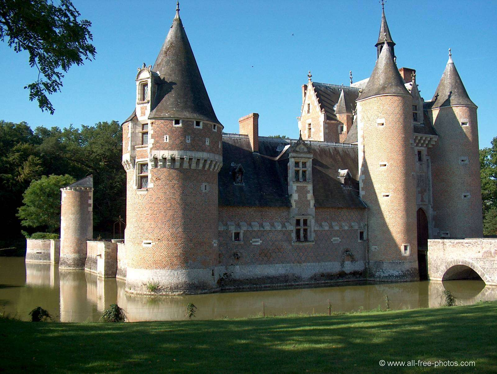Castle du Moulin (Mill) - Lassay sur Croisne - France