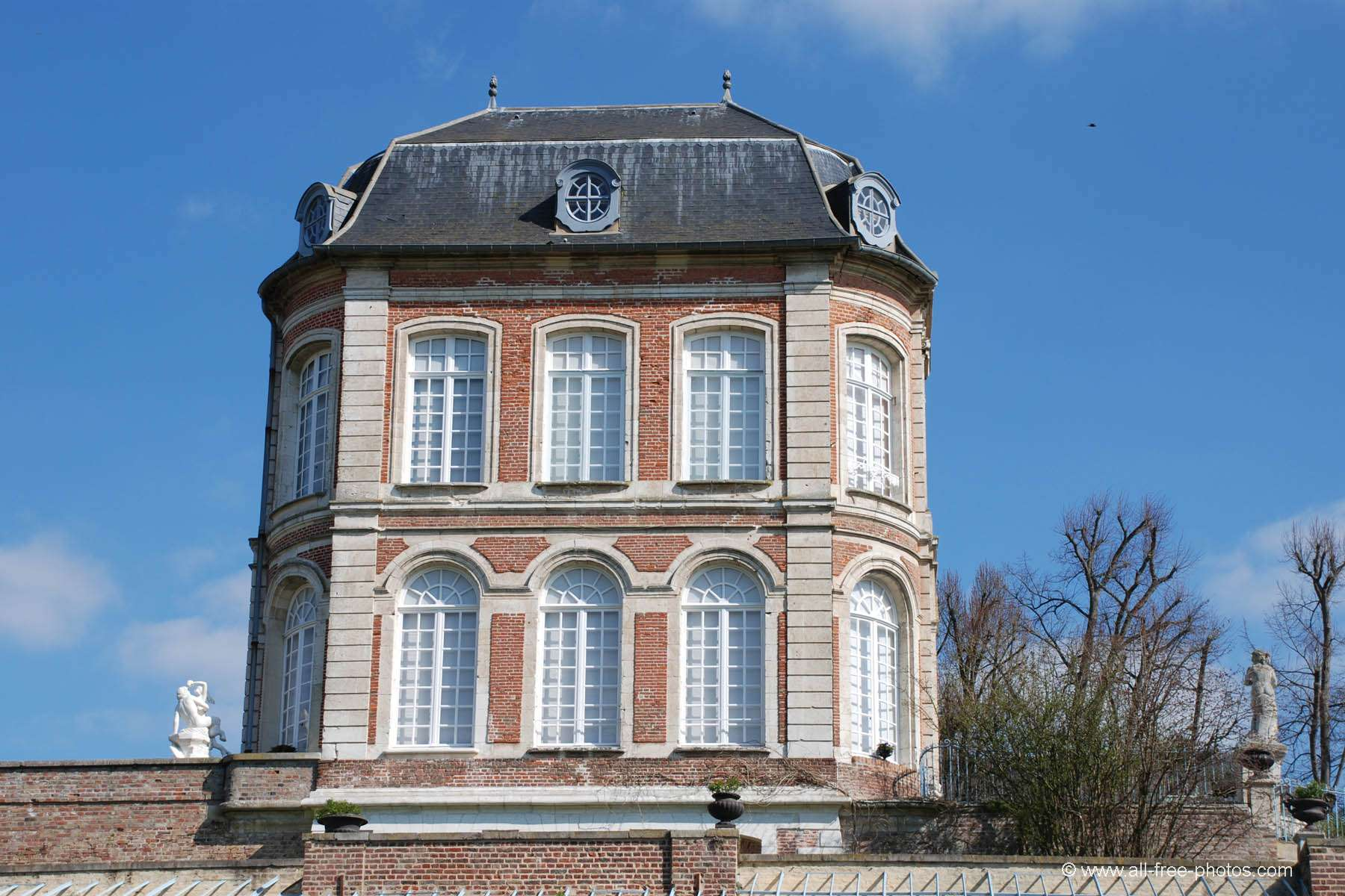 Castle of Long - France