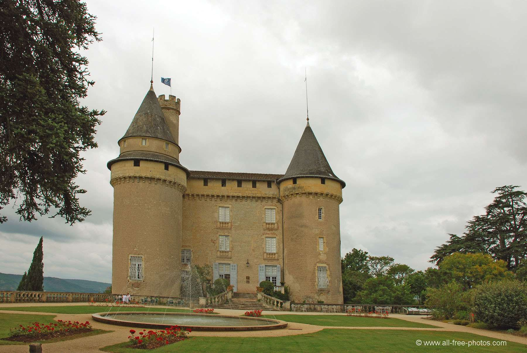 Castillo de Mercues - Francia