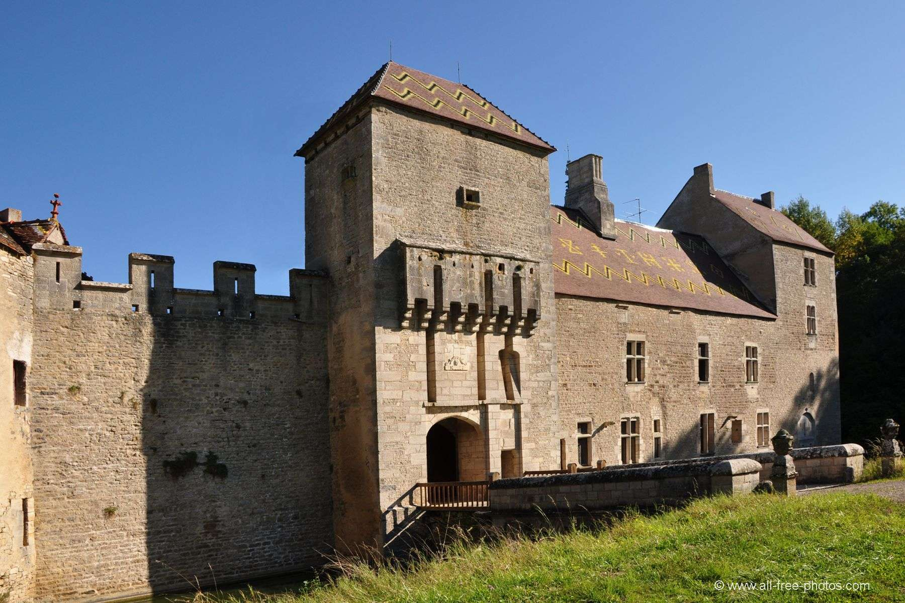 Castle of Marigny le Cahouët