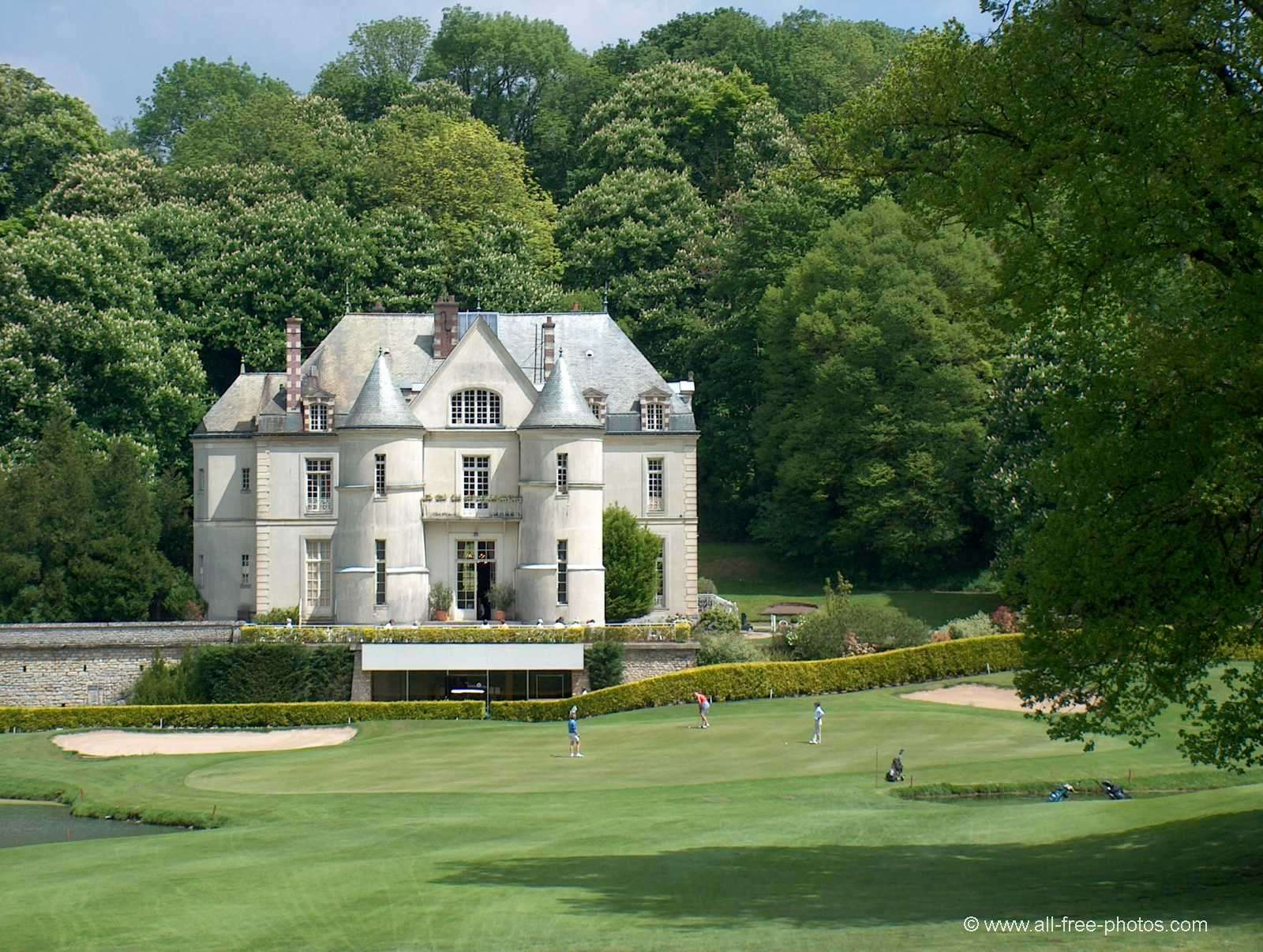 Photo: Golf club house of Villarceaux - France
