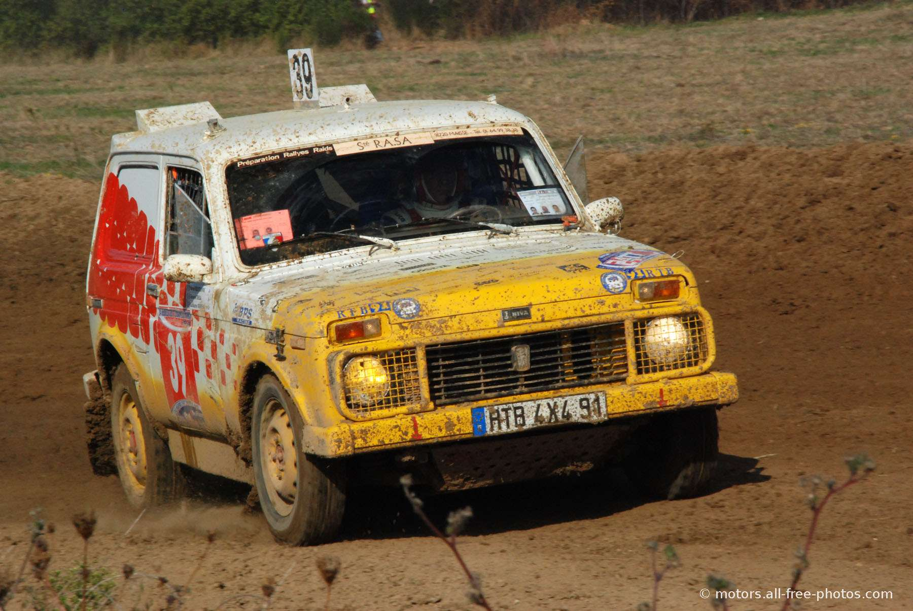 Lada Niva - Team 4x4 Potes de Bout Bout