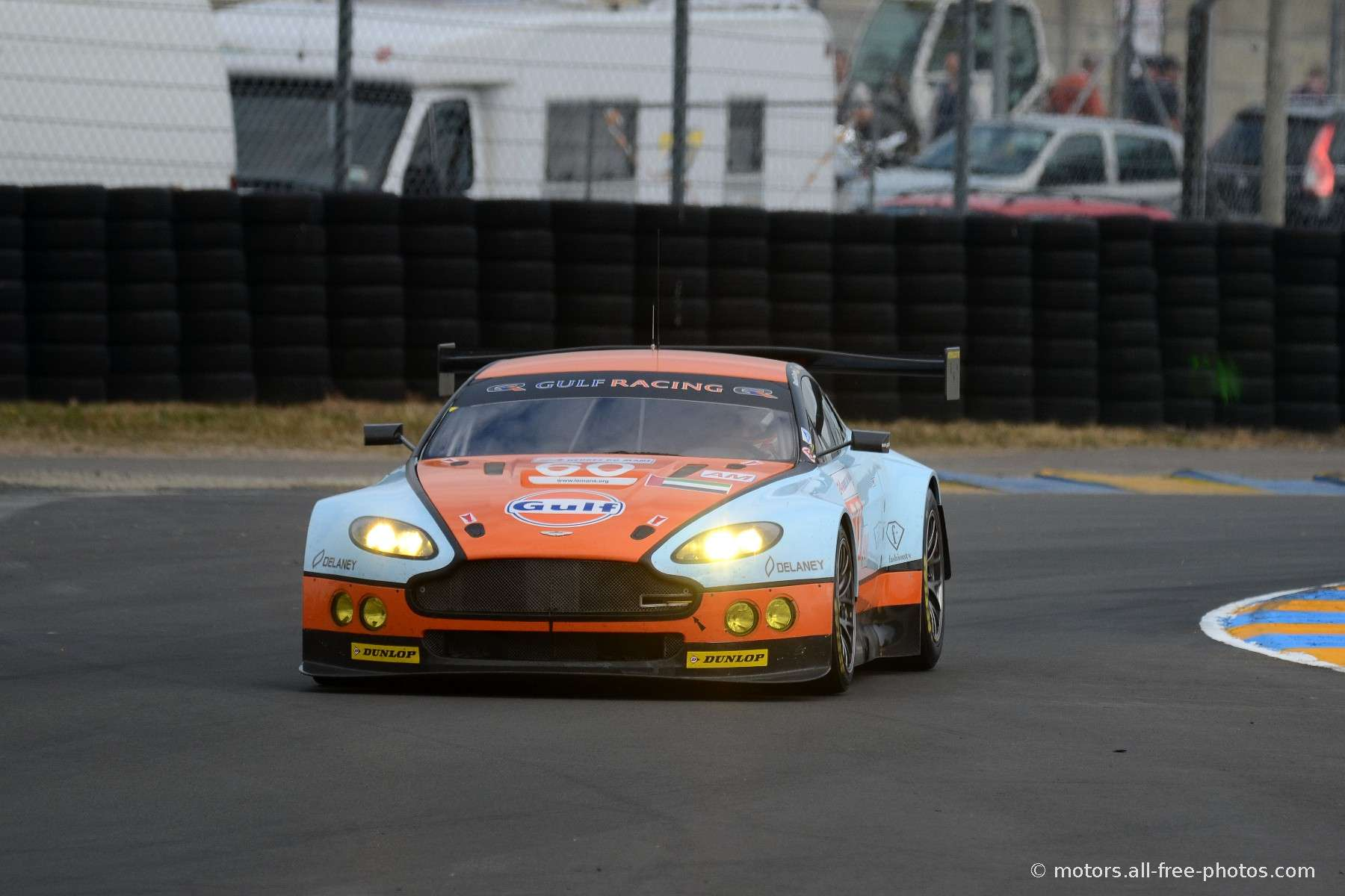 Aston Martin V8 Vantage - Team AMR Middle East