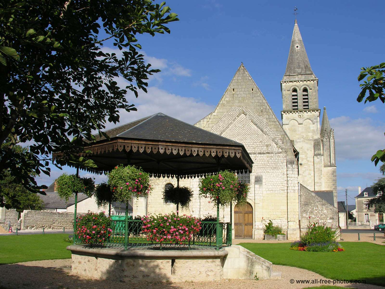 Eglise de Restigné - France