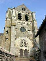 Eglise de Saint Dy� sur Loire - France