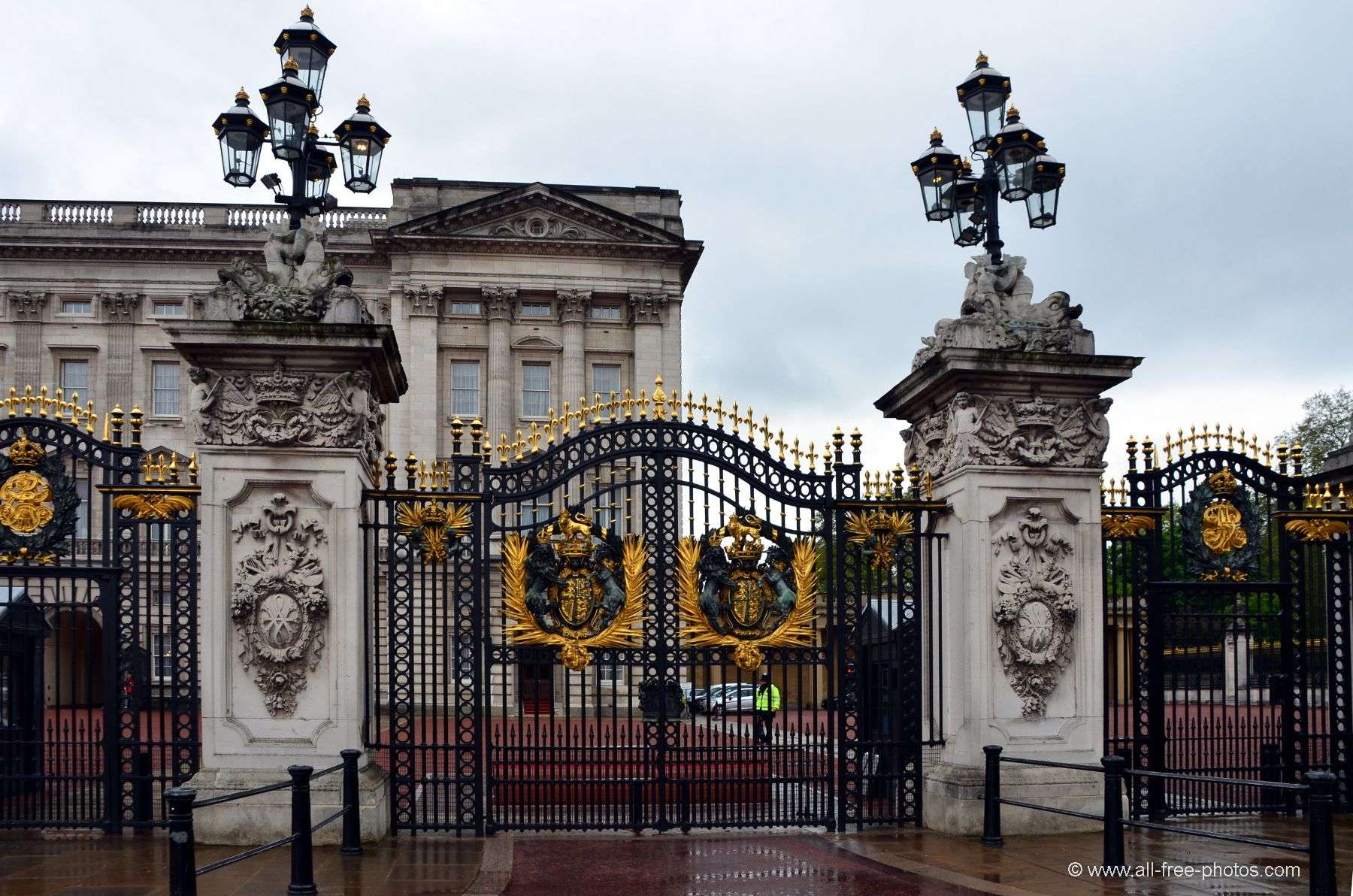 Buckingham Palace - London - United Kingdom