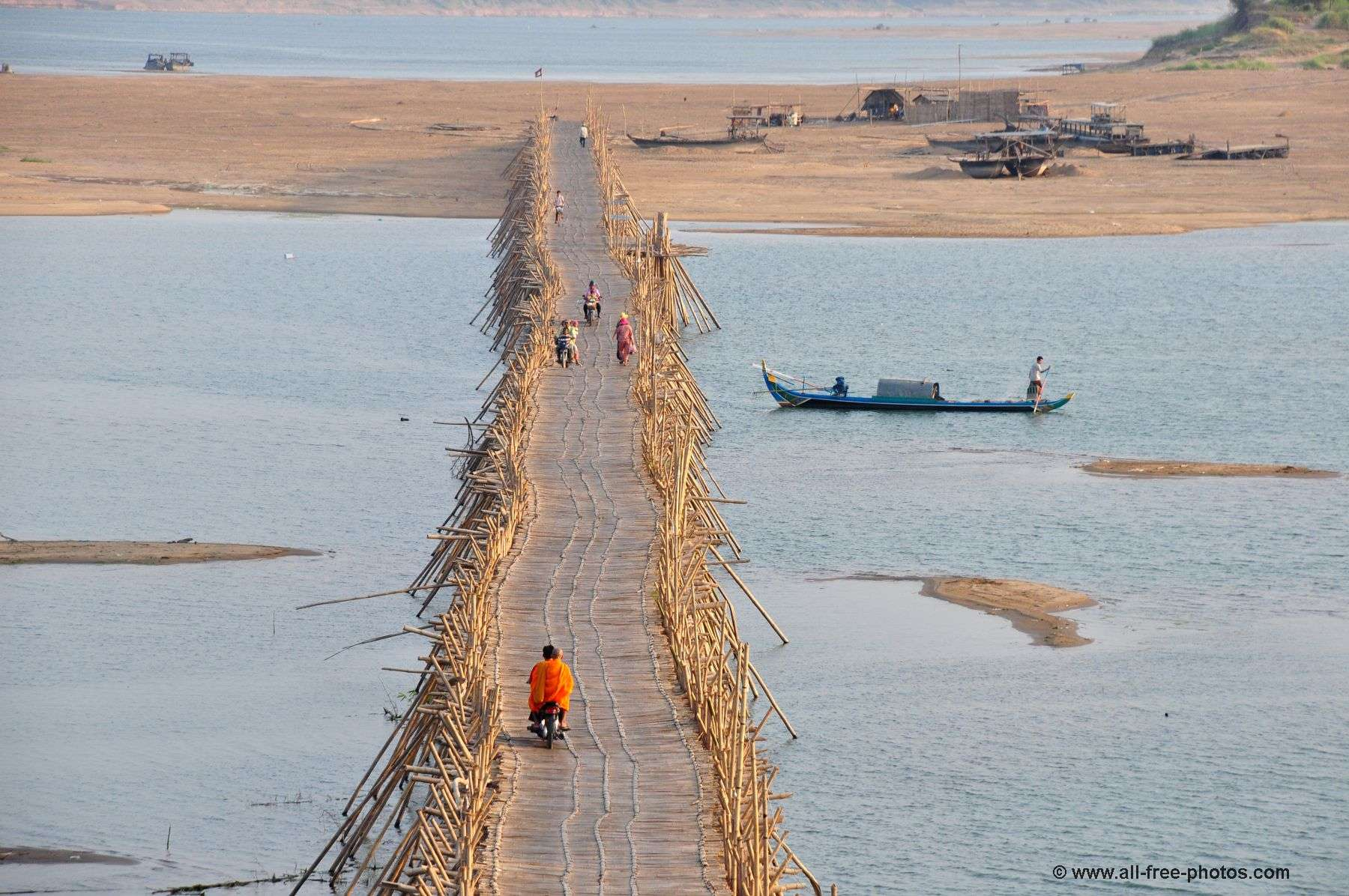 Bridge of bamboo - Kampong Cham - Cambodia