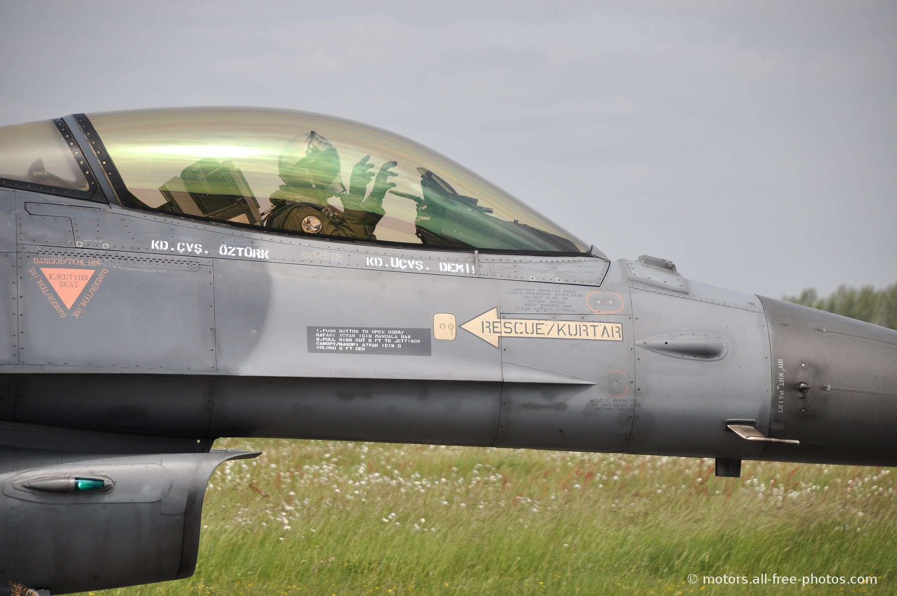 TUSAS F-16D Fighting Falcon