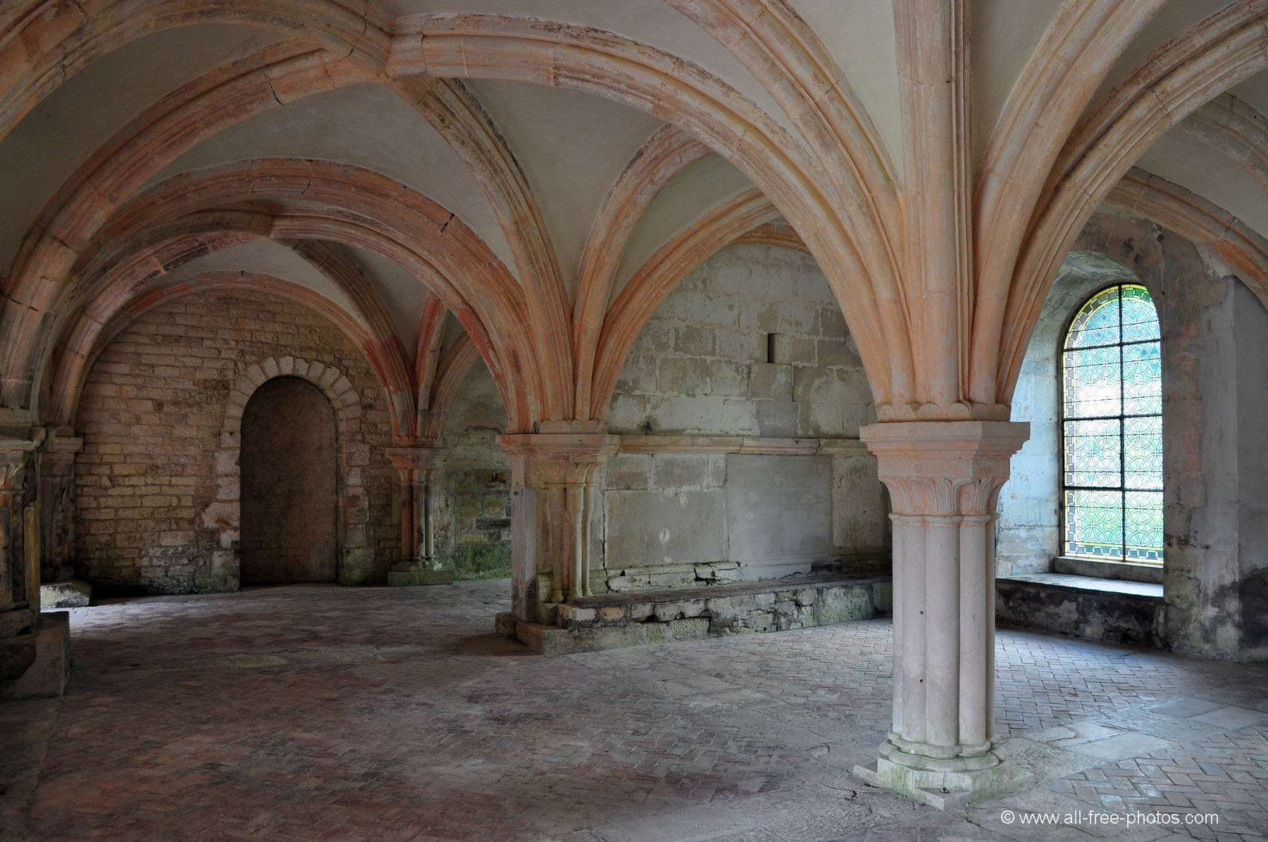 Chapter house - Fontenay Abbey - France