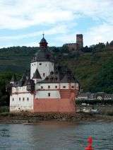 Pfalz and Gutenfels castles - Rhine valley - Germany