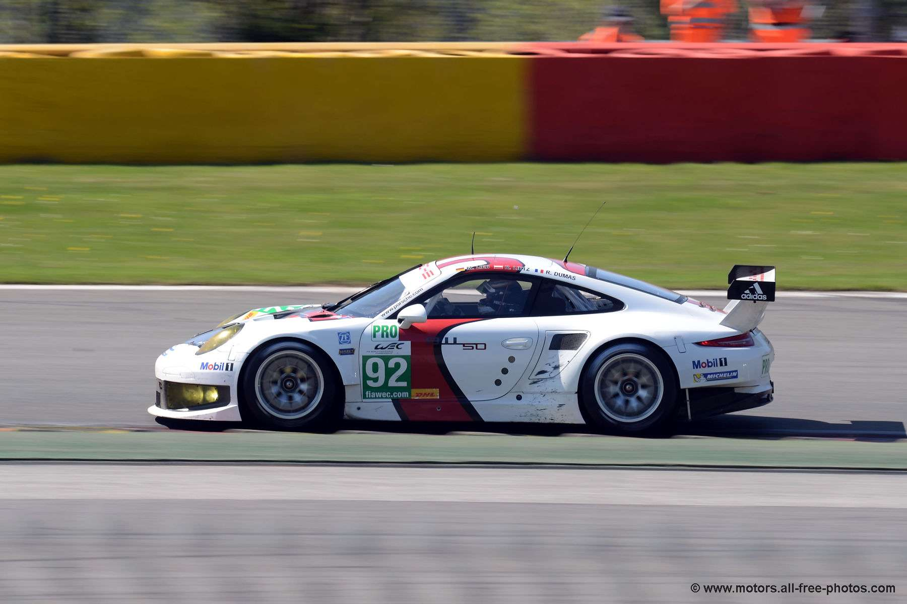 Porsche 911 RSR - Team Porsche AG Manthey