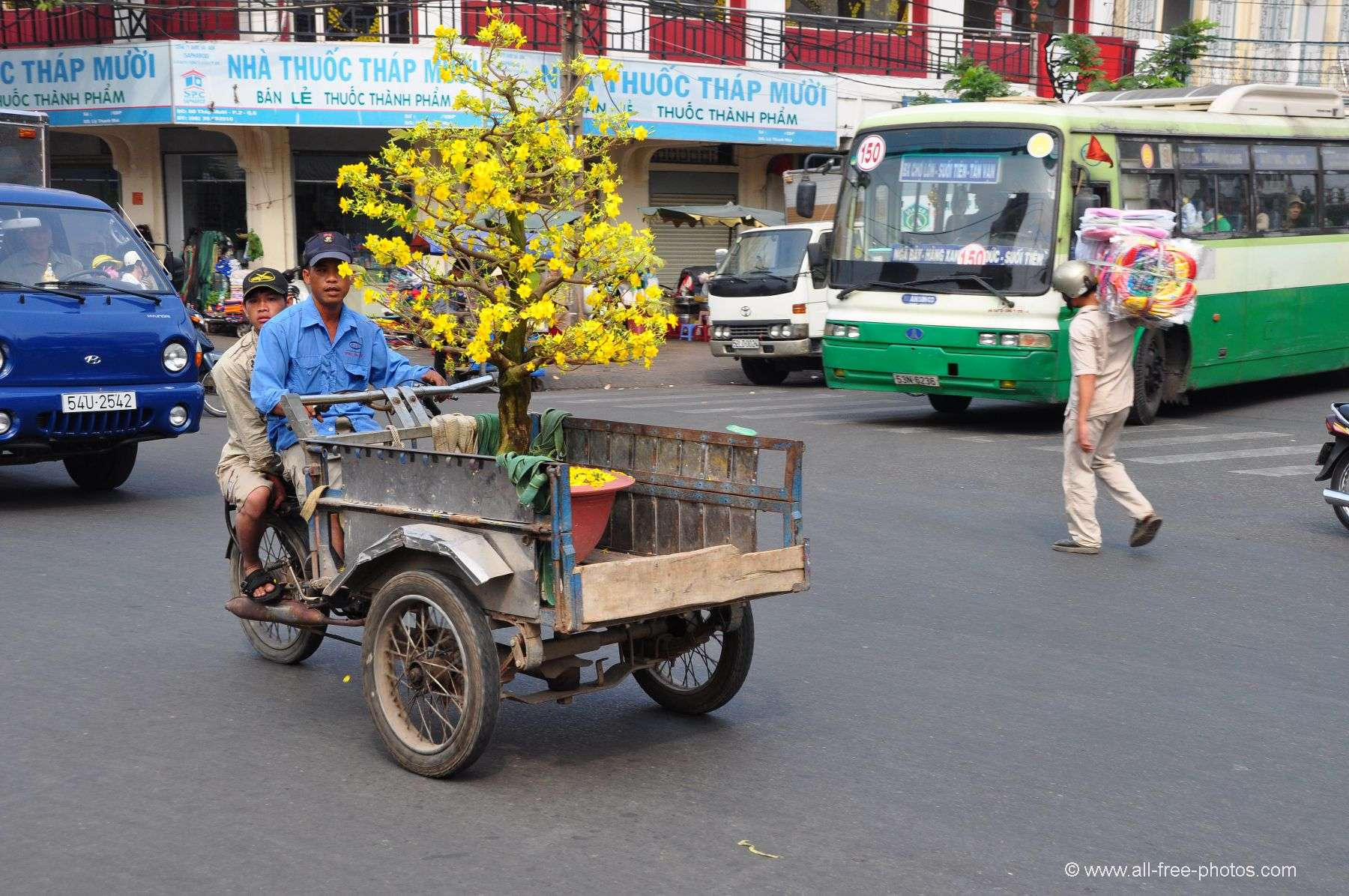 Daily life in Chi Minh City - Vietnam